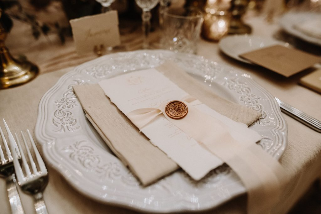 Place cards and dinner menus in handmade paper